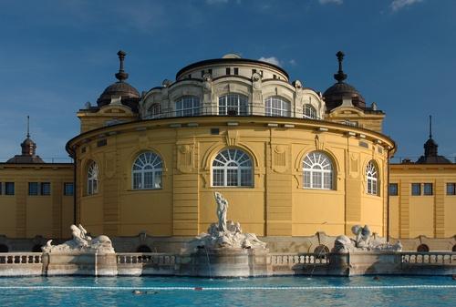 de grootste thermaalbad in Europa