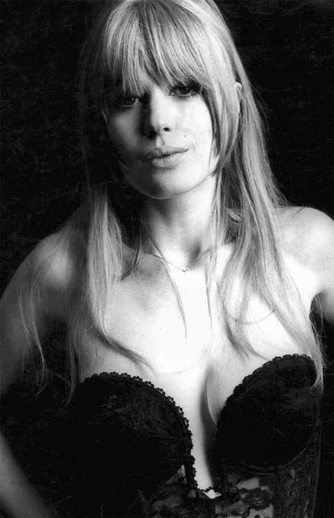 Marianne Faithfull by Terry O'Neill