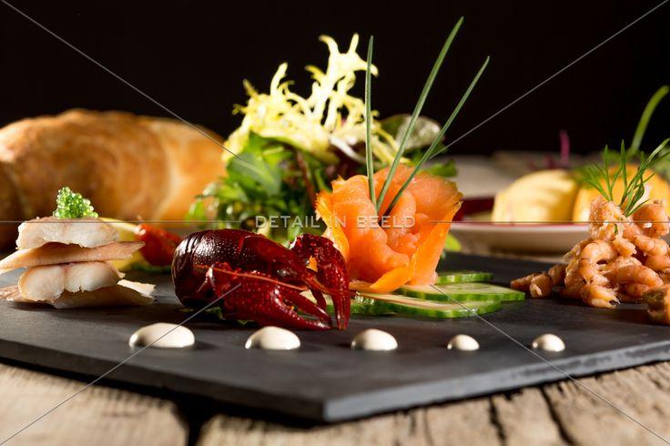 Food - Photography - Gerookte zalm, paling en garnalen - Smoked salmon, eel and shrimp - Geräucherter Lachs, Aal und Garnelen