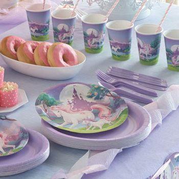 Søde Enhjørning, smuk for børn, der elsker fantasy.