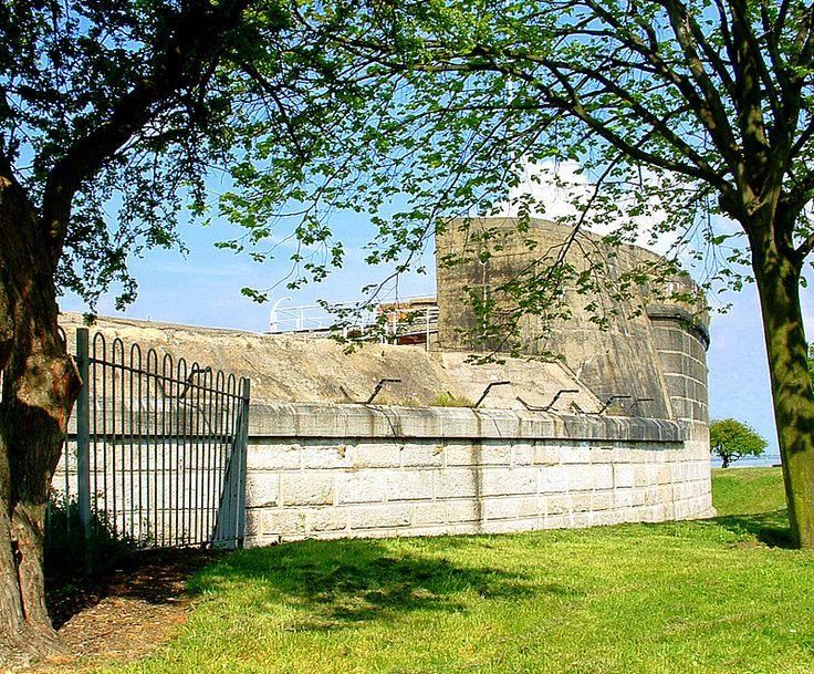 Coalhouse Fort - Tilbury.