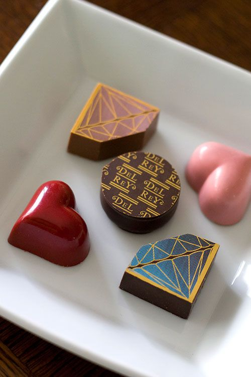 #BonteBox www.bontebox.com  Exquisite selection of artisanal chocolates delivered to your door very month! チョコレート