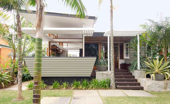 A really brilliant backyard extension on an old post-war home / Brisbane