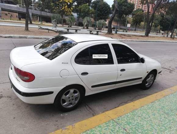 Vendo Renault Megan En Buenas Condiciones En Caracas Diseño De Paginas Web Placas De Reconocimiento Anuncios Gratis