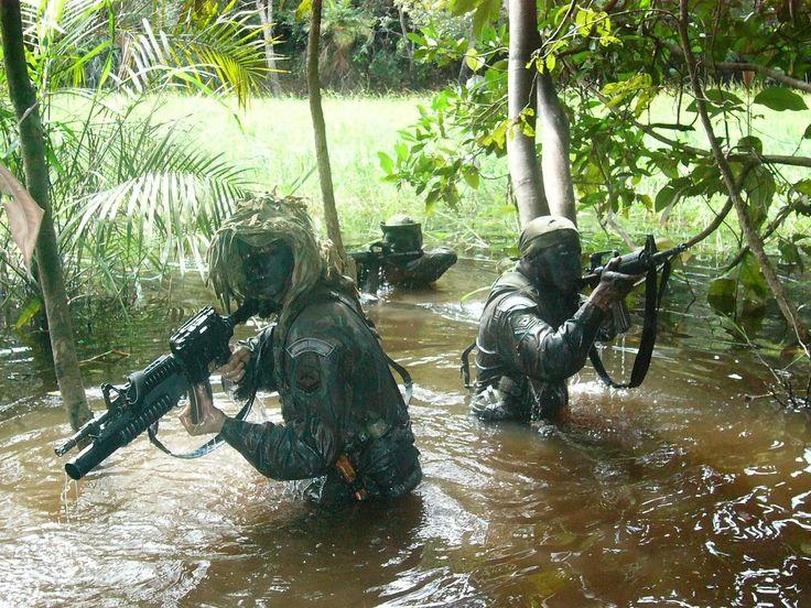 Brasil Em Defesa: MB - Fuzileiros Navais