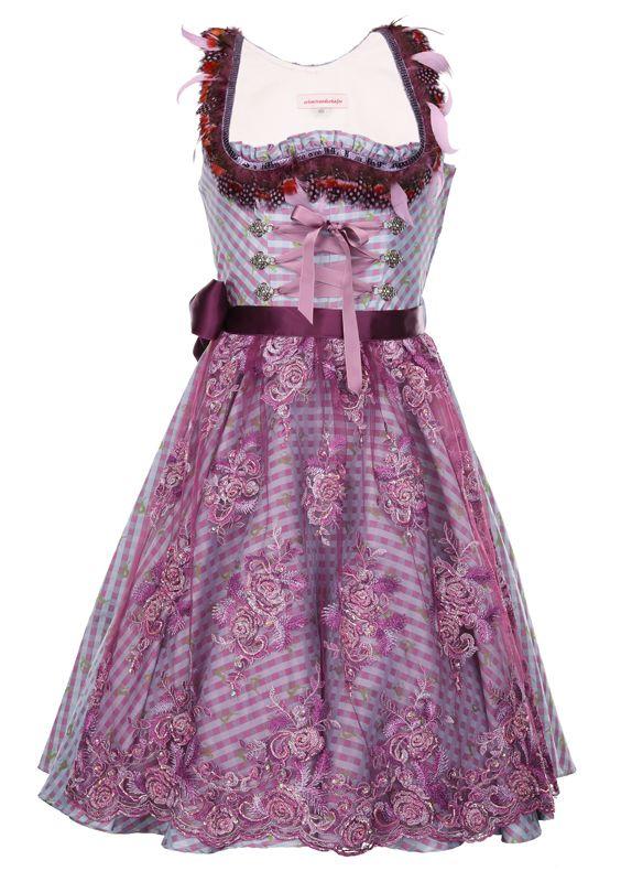 Dirndl Couture von schmittundschäfer 'Crocosmia Purple' ca. € 990,-