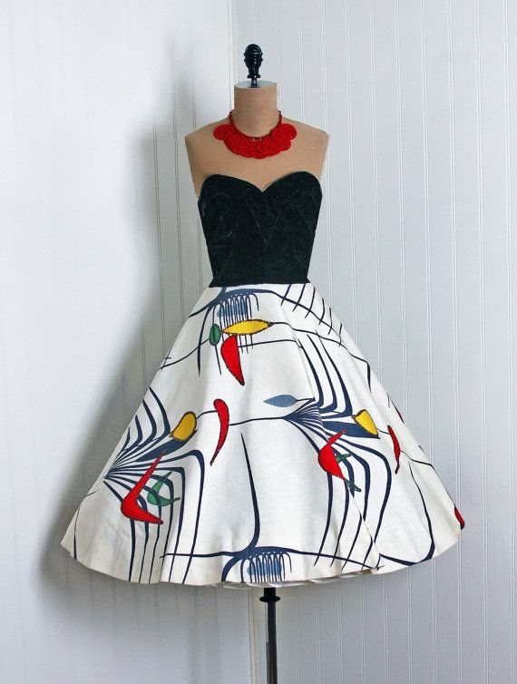 Funky '50s party dress... I want it!