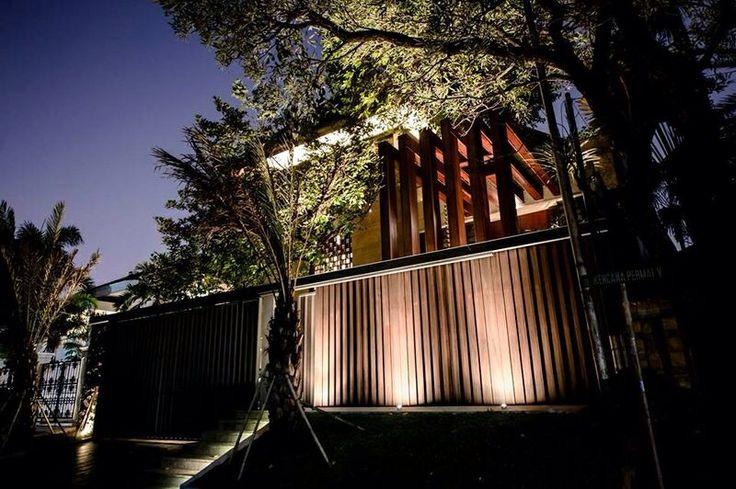 IN house at PI jakarta by dennygondo architect
