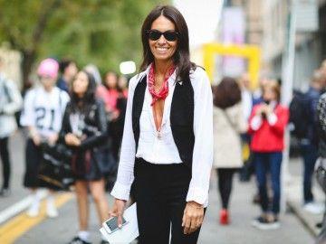 viviana-volpicella-bandana-rossa-street-style-look