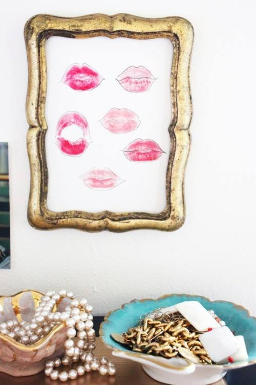 Such cute art for a dressing room or vanity.