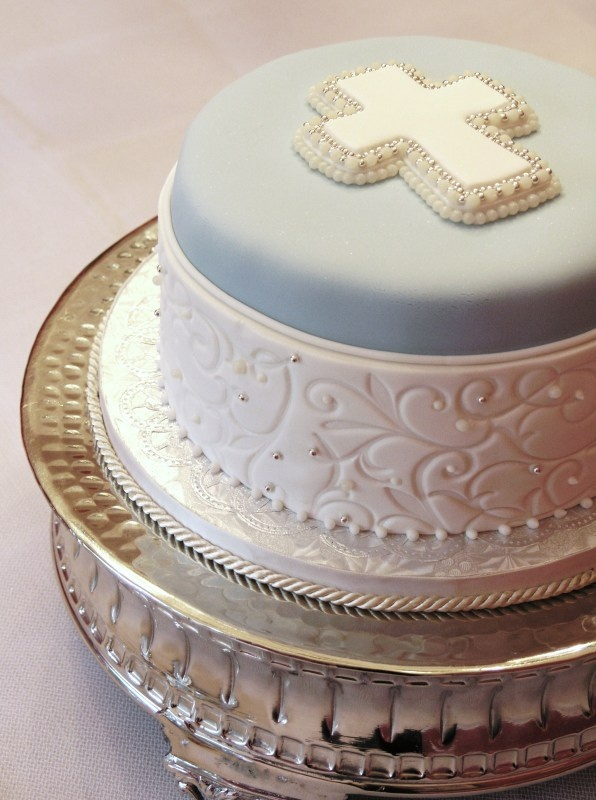 filigree in bleu - Sugar Realm, Fine Bakery & Cake Design