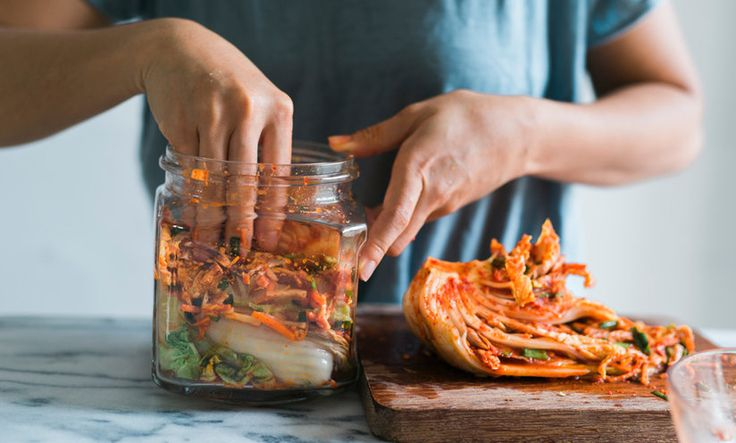 A guide to the food, herbs, spices, and supplements that will improve your digestion.
