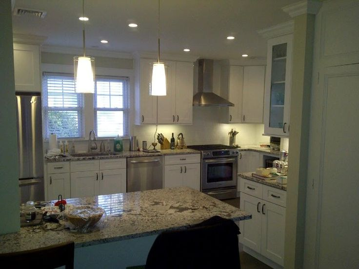 Ice White Shaker finished kitchen by Kitchen Cabinet Kings  - Buy Kitchen Cabinets Online and Save Big with Wholesale Pricing!