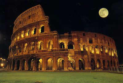Colosseo, Rome, Italy: Places To Visit, Favorite Places, Rome Italy, Northern Italy, Places I D, Rome, Full Moon, Italy Travel, Wisconsin Dell