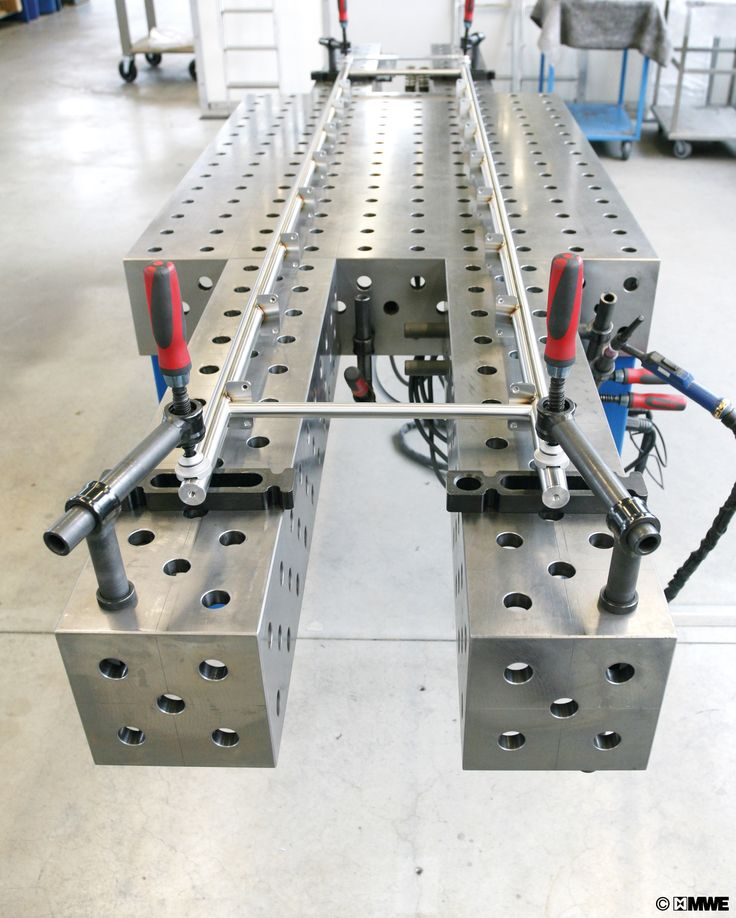 Manufacturing process of KLASSIK telescopic ladder by MWE. Welding and Jigging Table
