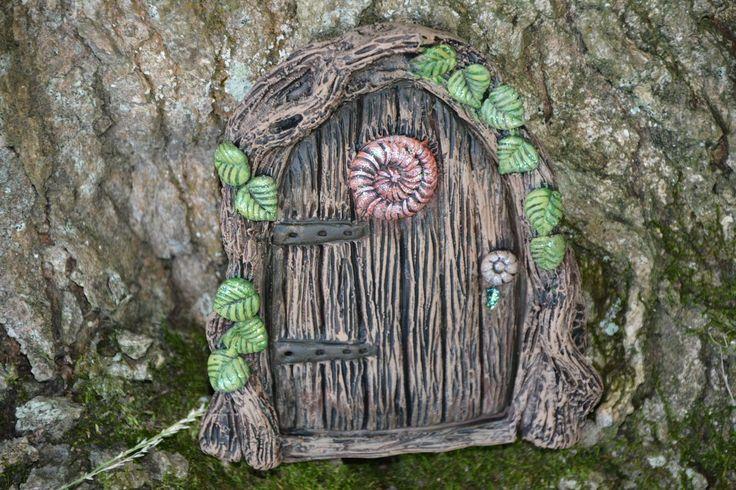 Another fantastic fairy door from Michelle fenton https://www.facebook.com/InspiredByFae?ref=hl