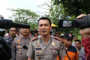 Polisi Berhasil Evakuasi Dua Korban Kurang Dari Satu Jam