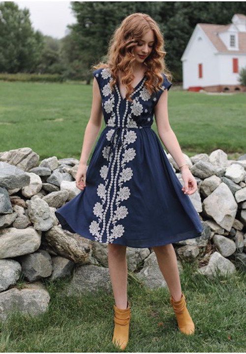 This one's perfect for a more casual ceremony. | 27 Perfect Outfits To Wear For A Fall Wedding