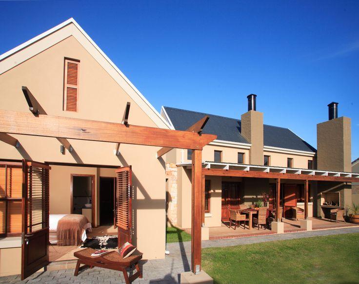 Earls Court wood design - www.earp.co.za