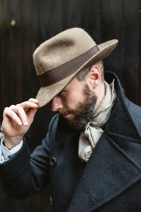 7e20af8a64c36 How a hat should fit (with Stephen Temkin fedora) – Permanent Style ...