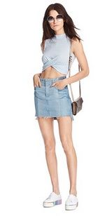 Light blue cropped top+denim skirt+white plattform sneakers+shoulder bag+sunglasses. Summer Casual Outfit 2017