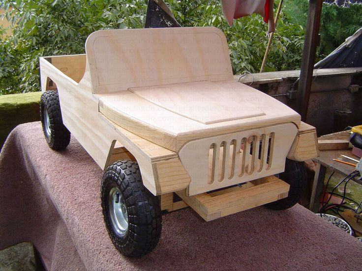 www.eltallerderolando.com 2011 07 25 jeep-de-pedales-3 attachment 76