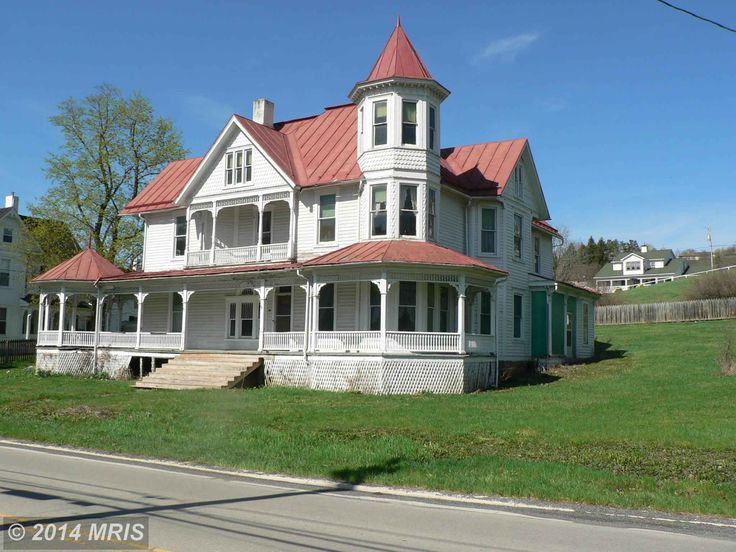 2187 best queen ann victorian houses images on pinterest for 3 story victorian house