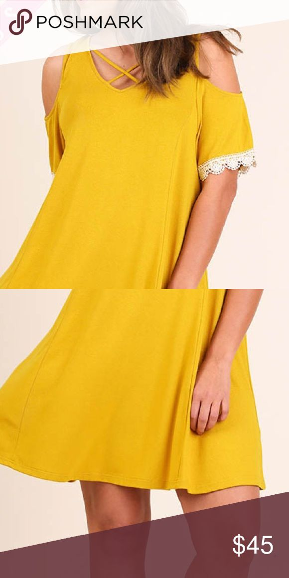 💋PLUS size💋Little movie date dress Relax with this little yellow dress on  at a nice night out💋 UGG Dresses Mini