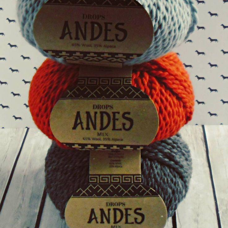 #jesień #autumn #cozyautumn #włóczka #yarn #yarnaddict #knitting #knittstagram #weareknitters #wool #andes #dropsandes #drops #alpaca #alpacawool #woolies
