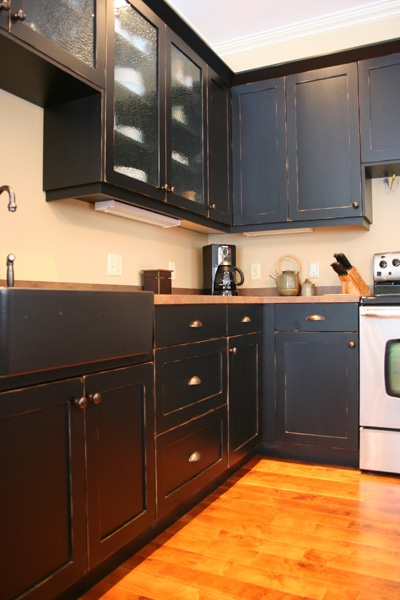 Now We Are Talkin Black Milk Paint On Shaker Style Cabinets