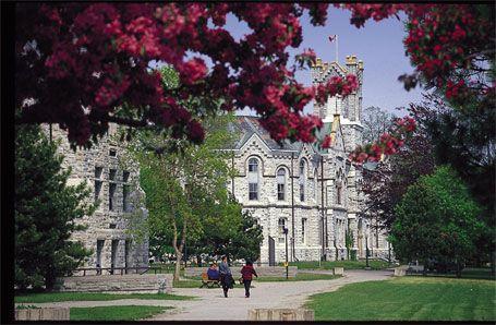 Best Canadian University = Queen's