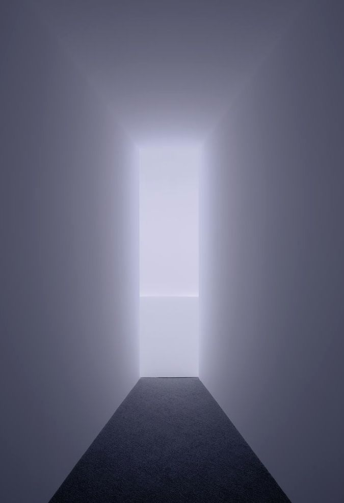 Doug Wheeler | rotational horizon work, 2014