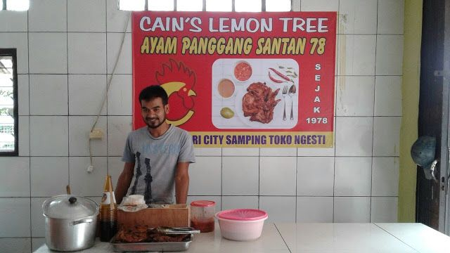 CAIN  LEMONTRI: Cain Lemontree ......... .40 years Chicken Grilled...
