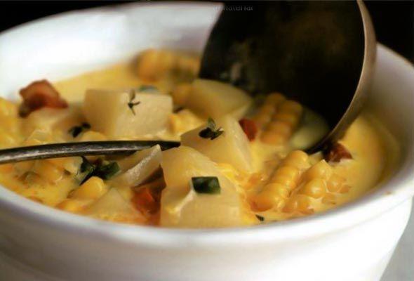 Corn Chowder from Leite's Culinaria - Fresh corn, slab bacon, potatoes ...
