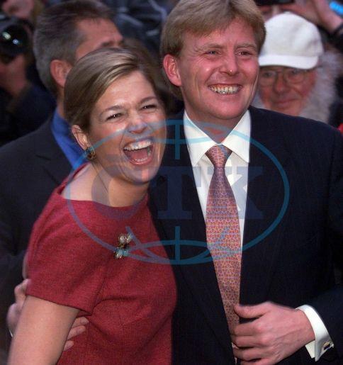 princ WILLEM ALEXANDER Nizozemsko snoubenka Maxima ZORREGUIETAOVÁ smích