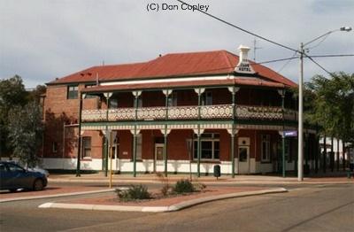 SOUTHERN CROSS   Western Australia http://www.wanowandthen.com/Southern-Cross.html
