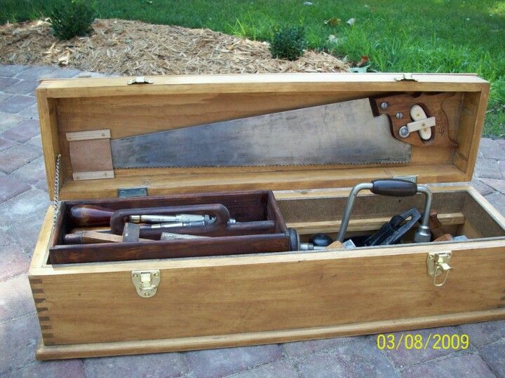 Best 25+ Wood Tool Box Ideas On Pinterest