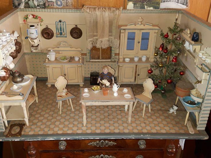 Uralte Puppenküche aus der Gründerzeit seltenes und schönes Zubehör - SAMMLUNG in Antiquitäten & Kunst, Antikspielzeug, Puppen & Zubehör | eBay!