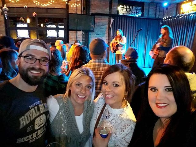@hovey0811 @jmpin2alake @bezottenm03 and @janellerominski rockin with @Royalblissband at @mickey_finns tonight! . . . #95wiilrock #radio #royalbliss #royalblissband #nealmiddleton #taylorrichards #mickeyfinns #brewery #libertyville #liveperformance #acoustic #ontheair #guitar #bass #drums #singing #rockon #drseuss #fans