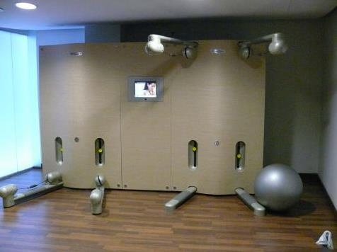gym - Kinesis, Technogym