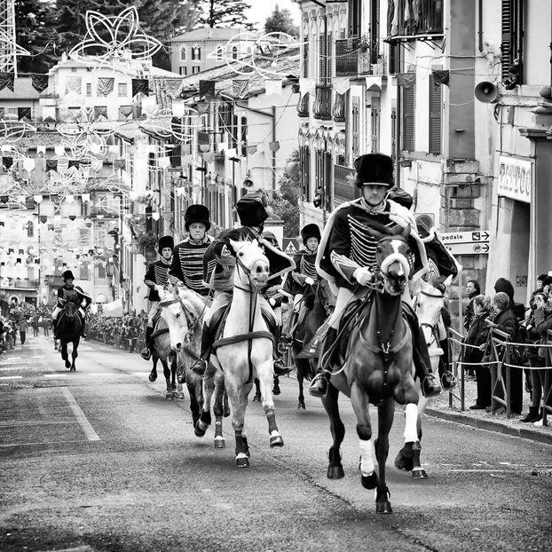 Cavalcata degli Ussari #Carnevale #Ronciglione
