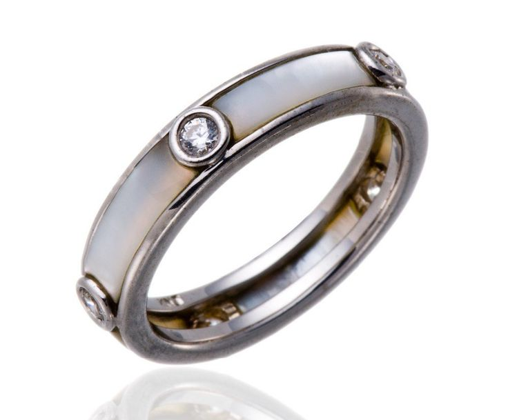 Mother of Pearl Solid & CZ  925 Sterling Silver Ring