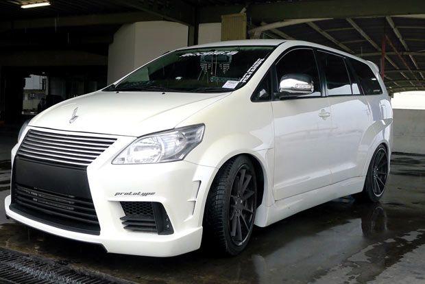 Toyota Kijang Innova Diesel G A/T 2009 Modification
