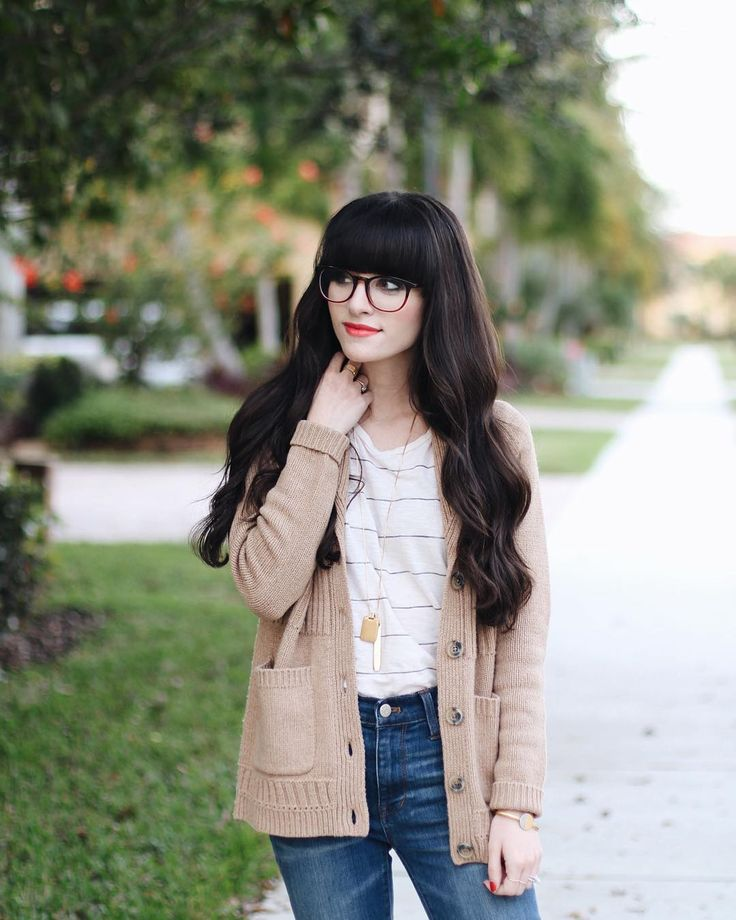@newdarlings Instagram - Girl With Glasses - Simple Outfits - @madewell Sweater | New Darlings ...