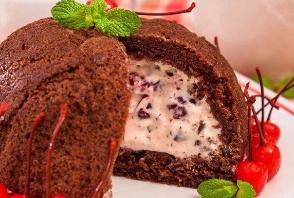 """Предлагаю вам приготовить """"Цукотто"""" - флорентийский рецепт.  Цукотто – традиционный флорентийский охлажденный десерт, пирог-купол.  Цукотто изготавливается в форме тыквы (zuccotto по-итальянски означ…"""