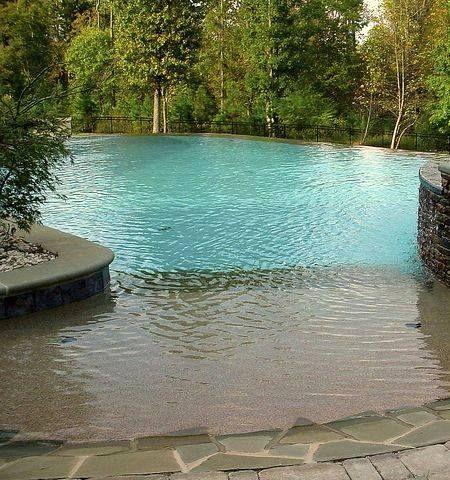25 beste idee n over tropische achtertuin op pinterest tropische tuin tropische hovenieren - Strand zwembad natuursteen ...