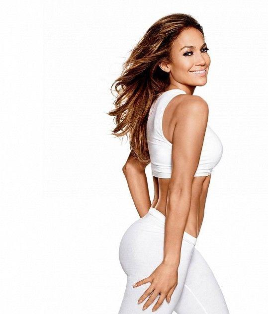 Zdravý životní styl je základem pro její sexy křivky.