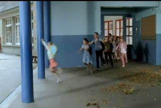 Tο τελευταίο κουδούνι σε ελληνικό σχολείο ( Αστείο Video) !!!