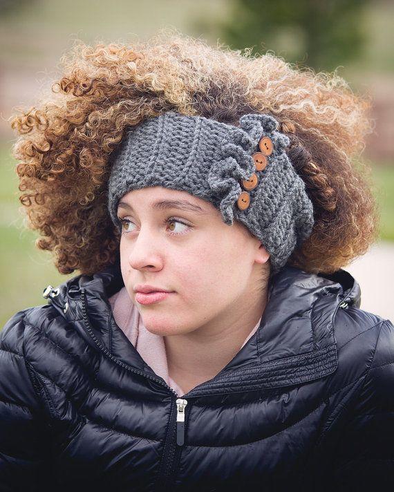 De las mujeres Crochet calentadores del oído / por SimplyMadeByErin