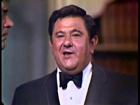 Buddy Hackett interview with Johnny Carson on the Tonight Show Starring Johnny Carson, part 2. Buddy Hackett tells jokes about divorce, naked baths in Tokyo,...